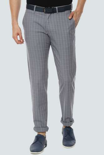 LP SPORT Men Checked Slim Tapered Fit Casual Trousers