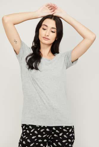 GINGER Women Textured Round Neck T-shirt