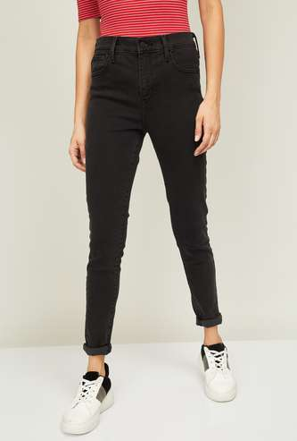 LEVI'S Women Stonewashed Tapaered Fit Jeans