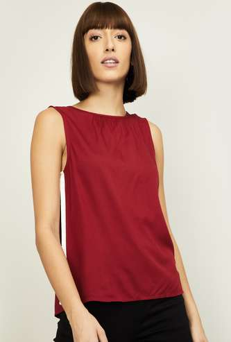 LEVI'S Women Solid Top with Contrast Paneling