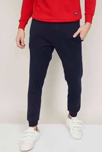 DENIMIZE Men Solid Slim Fit Joggers