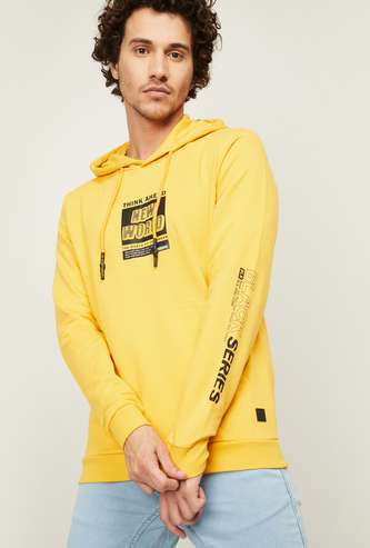 BOSSINI Men Typographic Print Hooded Sweatshirt