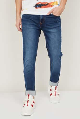 DENIMIZE Men Stonewashed Slim Tapered Fit Jeans