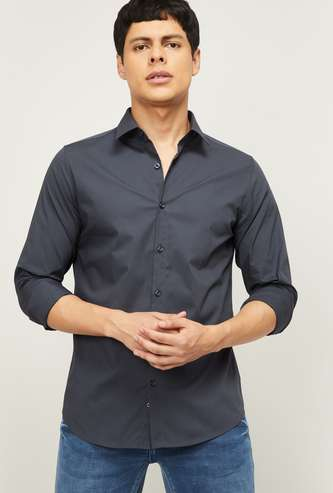 UNITED COLORS OF BENETTON Men Solid Slim Fit Casual Shirt