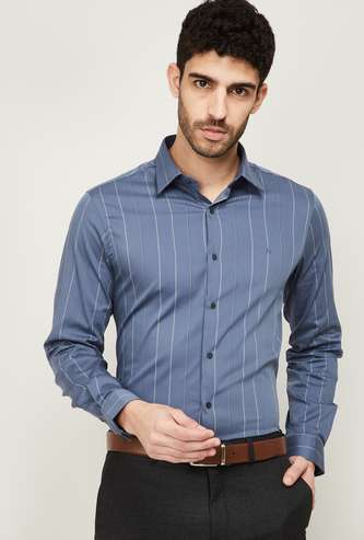 ARROW NEW YORK Men Super Slim Textured Formal Shirt