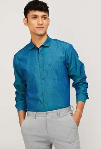 ALLEN SOLLY Men Textured Slim Fit Smart Casual Shirt