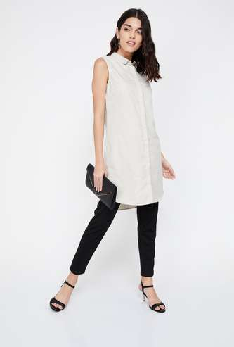 ALLEN SOLLY Textured Concealed Button Placket Sleeveless Tunic