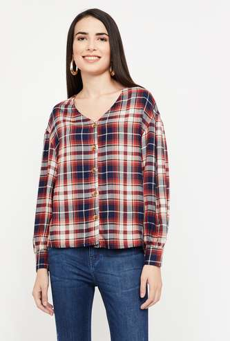 FAME FOREVER Checked V-neck Shirt