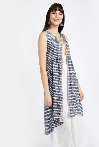 COLOUR ME Printed Tie-Up Shrug