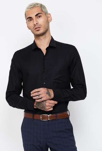 CODE Solid Slim Fit Casual Shirt
