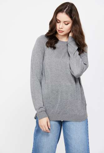 LEVI'S Solid Round Neck Regular Fit Sweater