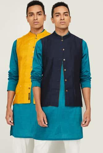 MELANGE Men Polka-Dot Print Reversible Nehru Jacket