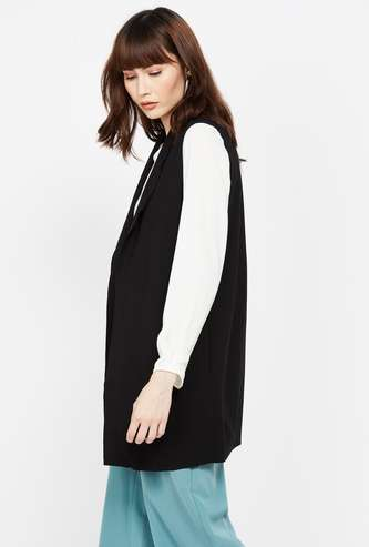 VERO MODA Solid Sleeveless Shrug