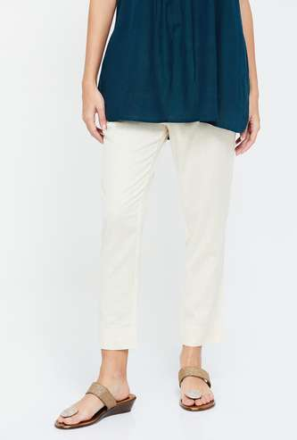 DE MOZA Solid Relaxed Fit Cropped Pants