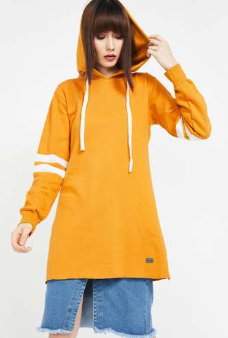 CAMPUS SUTRA Solid Full Sleeves Hooded Sweatshirt