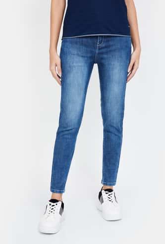 JEALOUS 21 Stonewashed Skinny Jeans