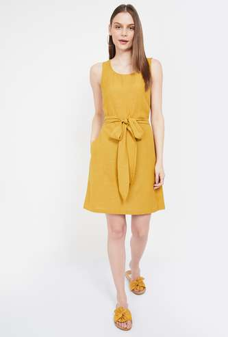 BOSSINI Solid Sleeveless A-line Dress with Sash Tie-Up