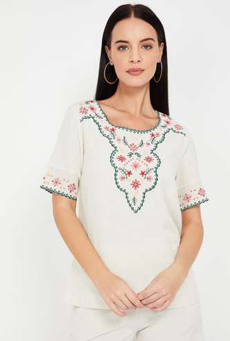 CODE Embroidered Short Sleeves Top