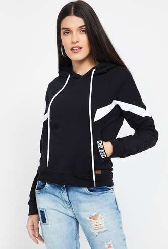 CAMPUS SUTRA Printed Hooded Sweatshirt