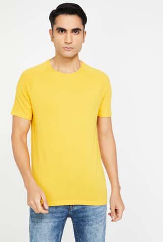 FAME FOREVER Solid Short Sleeves Slim Fit T-shirt