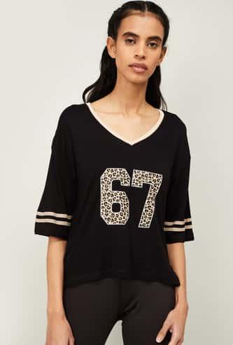KAPPA Women Printed Regular Fit V-neck Sports T-shirt
