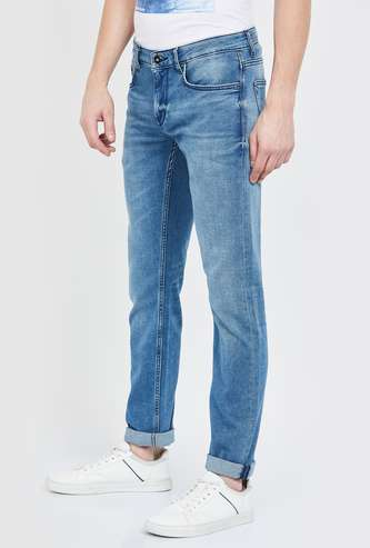 CELIO Mid-Washed Slim Tapered Fit Jeans