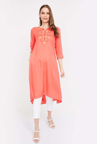 MELANGE Embroidered Three-quarter Sleeves Kurta