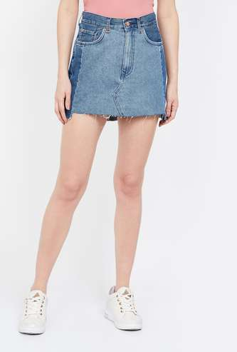 ONLY Colourblocked Denim Skirt with Frayed Hem