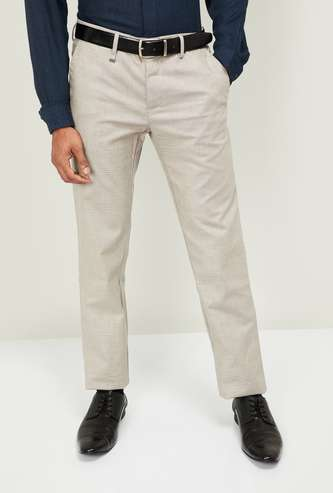 VAN HEUSEN Men Textured Slim Tapered Formal Trousers