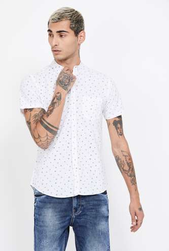 FAME FOREVER Printed Short Sleeves Slim Fit Casual Shirt