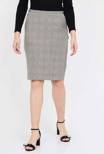 VAN HEUSEN Checked Pencil Skirt with Slant Pockets