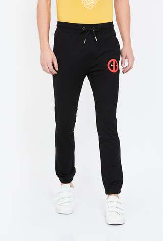 FREE AUTHORITY Patch Print Regular Fit Joggers