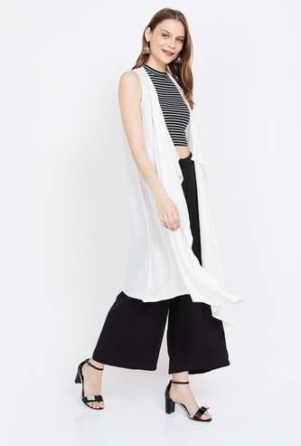 DE MOZA Solid Sleeveless Waterfall Shrug