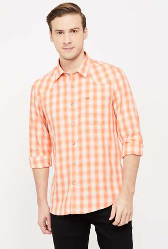 LEE COOPER Men Checked Full Sleeves Slim Fit Casual Shirt