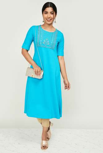 SPAN Women Embroidered A-line Kurta with Embellishments