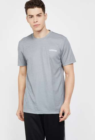 ADIDAS Solid Regular Fit Crew-Neck Sports T-shirt