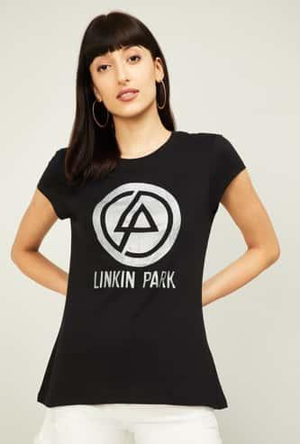 FREE AUTHORITY Women Graphic Print Short Sleeves T-shirt