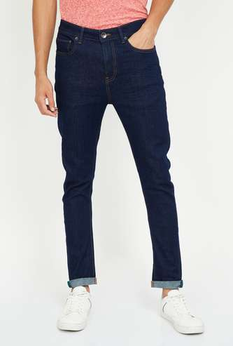 UNITED COLORS OF BENETTON Solid Slim Tapered Jeans