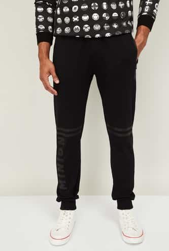 STATUS QUO Men Printed Elasticated Track Pants