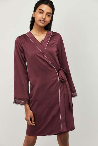 GINGER Women Solid Robe with Lace Trim