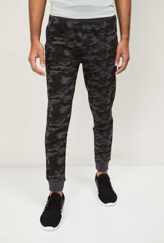 ALCIS Men Camouflage Print Elasticated Joggers