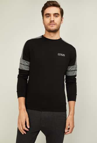 PROLINE Men Colourblocked Regular Fit Sweatshirt