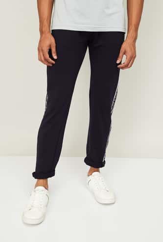 STATUS QUO Men Printed Regular Fit Track Pants