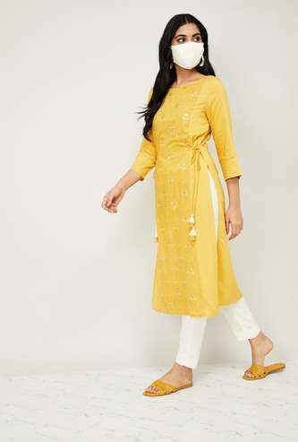 MELANGE Women Embroidered Kurta with Straight Pants