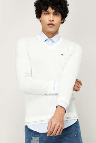 T-BASE Men Patterned Knit V-neck Sweater