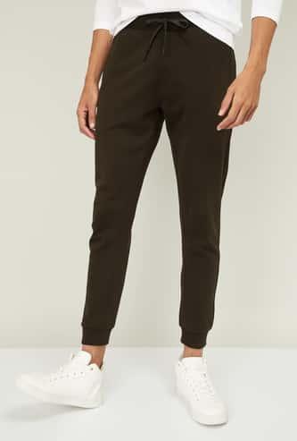 BOSSINI Men Solid Elasticated Track Pants