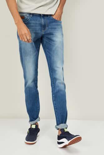 WRANGLER Men Stonewashed Slim Fit Jeans