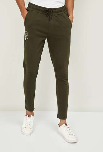 SMILEY Men Printed Slim Fit Joggers with Slant Pockets