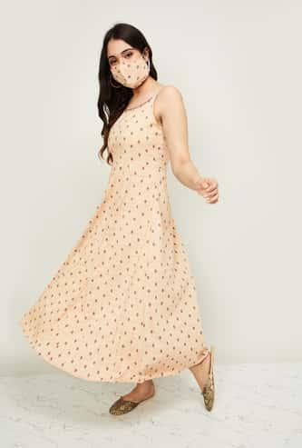 MELANGE Women Textured Sleeveless Maxi Dress with Mask