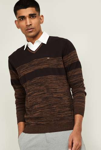 BLACKBERRYS CASUAL Men Patterned V-neck Sweater